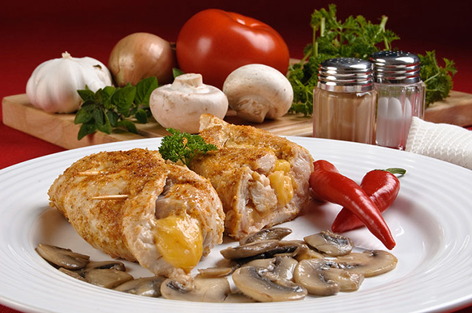 رولت مرغ پنیری با قارچ